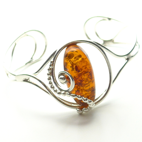 Handmade with cognac genuine baltic amber bracelet