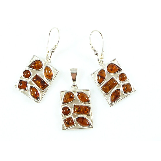 Cognac amber set - 2 pieces - earrings and pendant