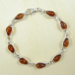 Silver bracelet with teardrop links in cognac-original design