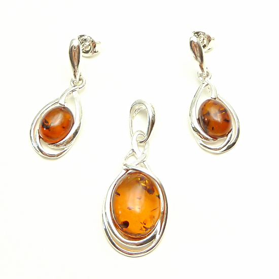 Extra amber set - genuine baltic amber - pendant and earrings