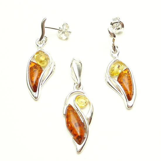 Sunny and cognac amber set - genuine baltic amber - pendant and earrings